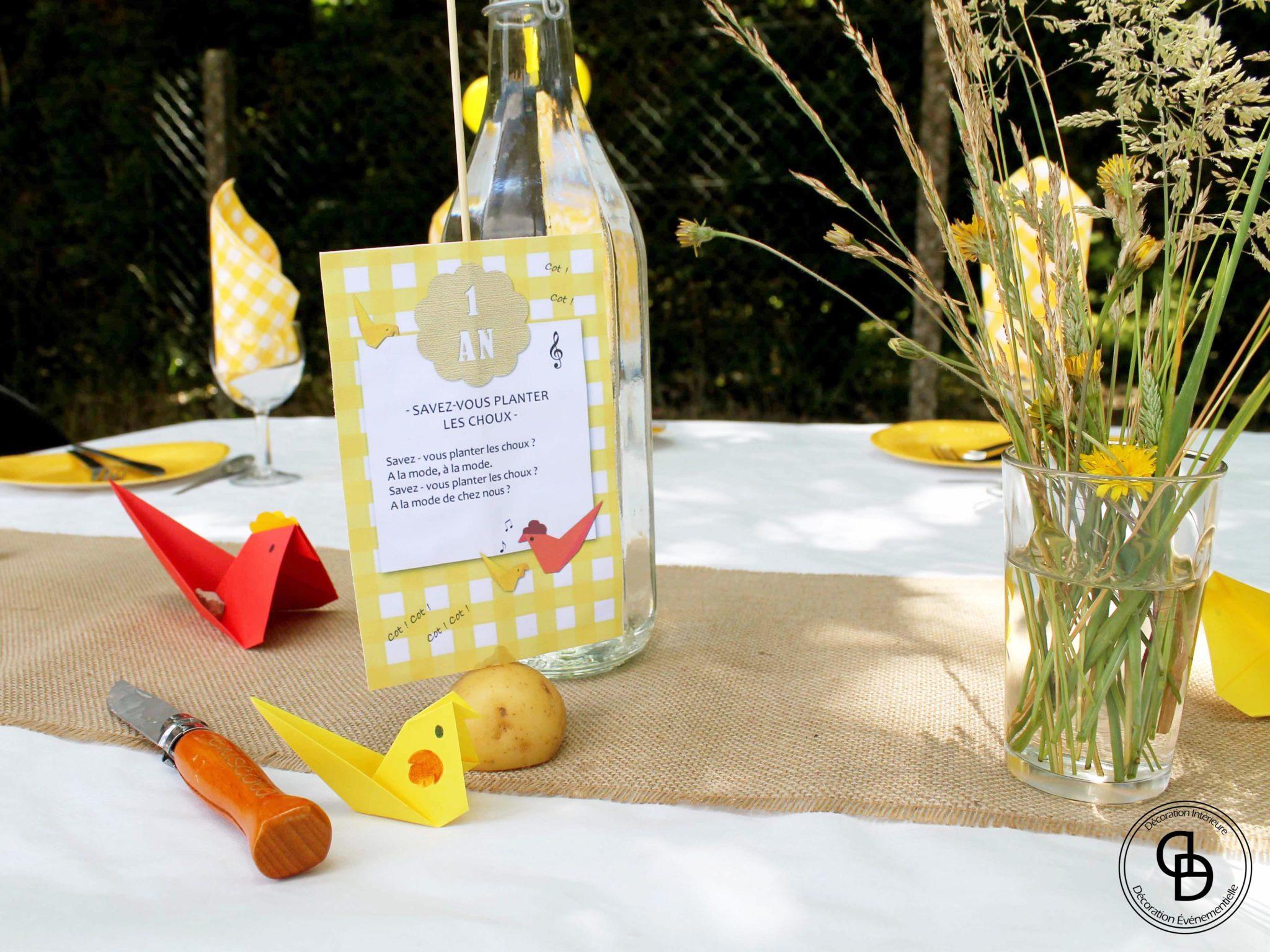 Table décorée sur le thème Cocotte Champêtre