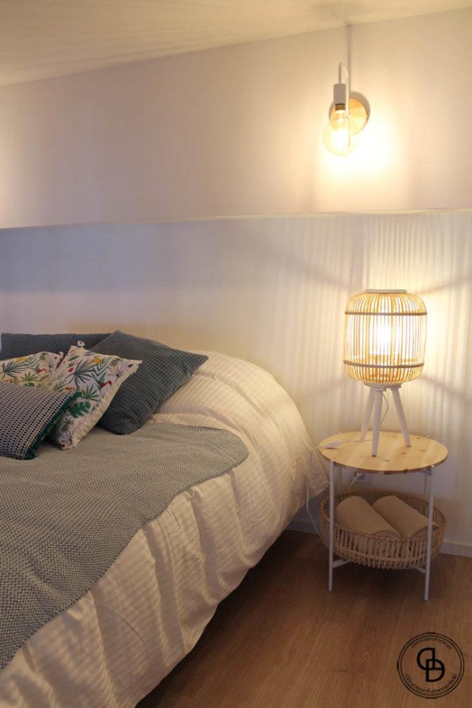 lampe osier, table de chevet, tête de lit