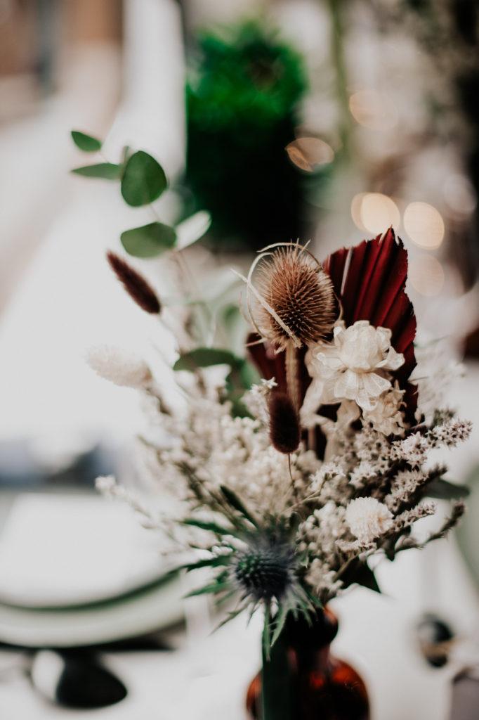 Composition de fleurs séchées et stabilisées